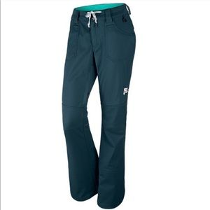 Nike Willowbrook Snowboarding Pants Slim Fit Blue